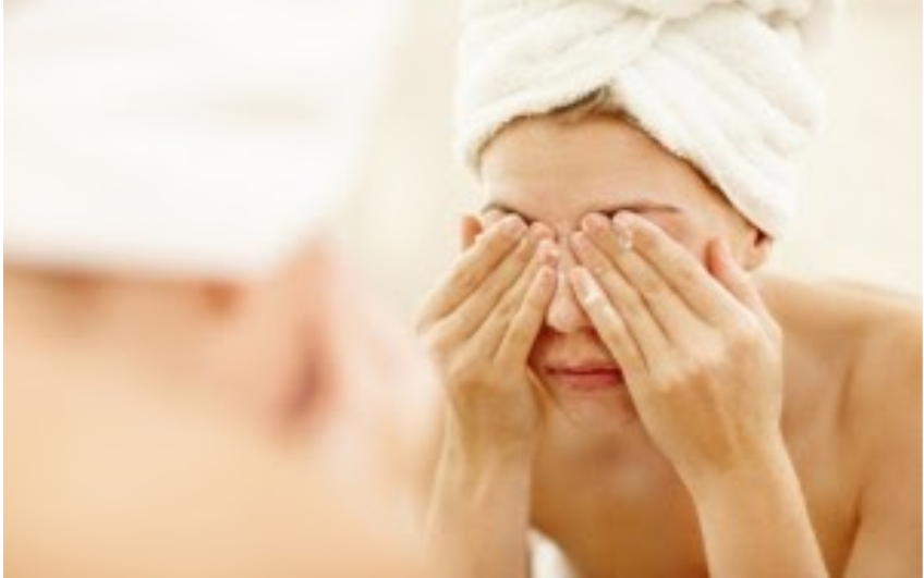 Eye-cleaning-tips
